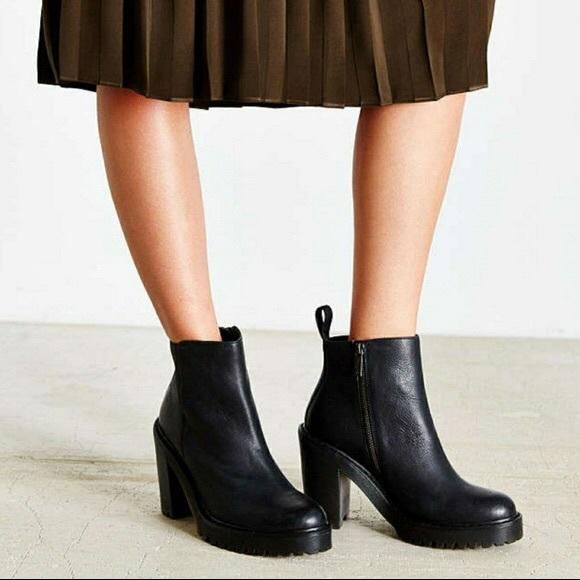 Dr. Martens Magdalena Heeled Chelsea Boots